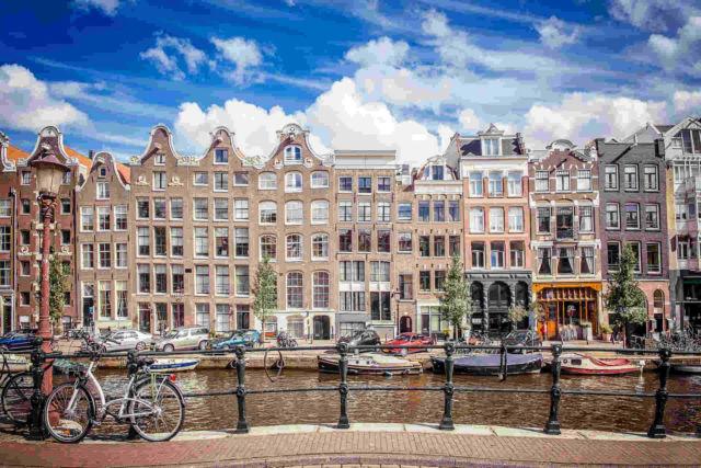 Dutch courses